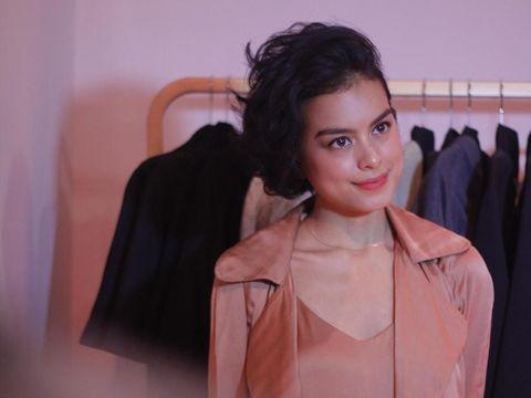 Sambut Valentine, Eva Celia Berkolaborasi Buat Koleksi Baju Hingga Lip Stain