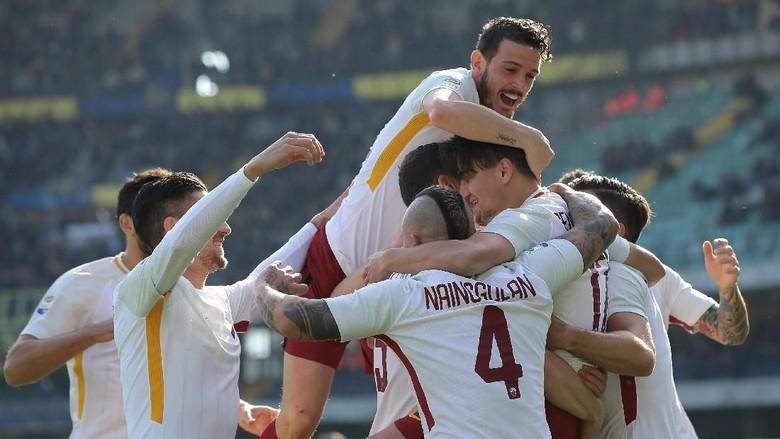 Gol Cepat Cengiz Under Menangkan Roma atas Verona