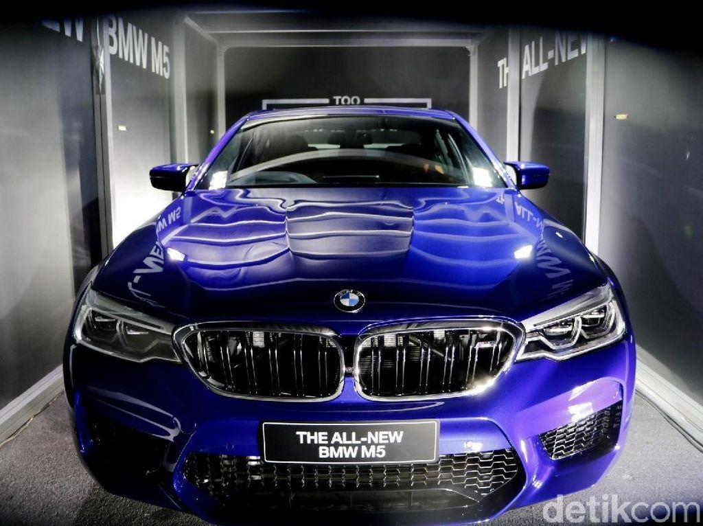 Ini Strategi BMW Hadapi Larangan Impor Mobil 3.000 cc