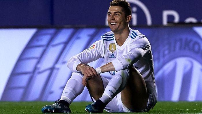Cristiano Ronaldo tampil buruk musim ini (Manuel Queimadelos Alonso/Getty Images)