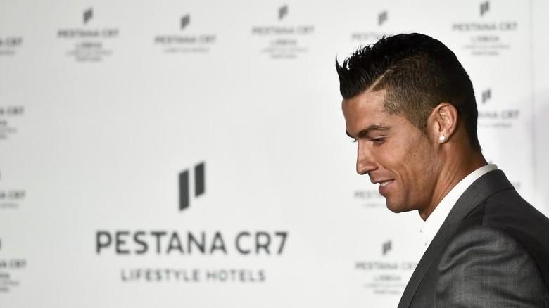 Bertemu Pegulat Muslim Rusia, Ronaldo: Assalamualaikum