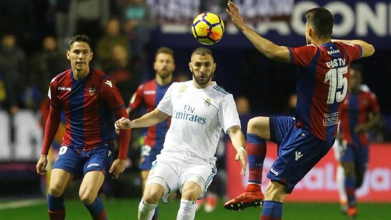 Madrid Diimbangi Levante 2-2