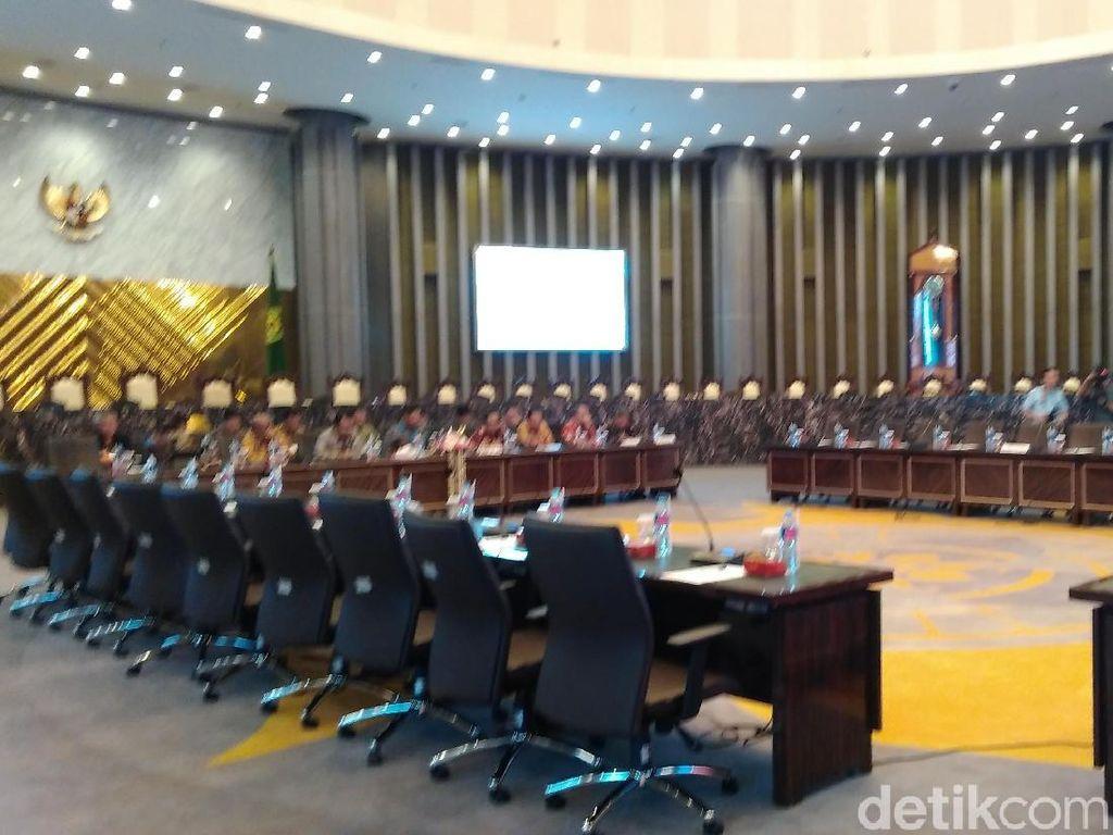 Komisi III Rapat dengan MA Bahas Penanganan Perkara di Pengadilan