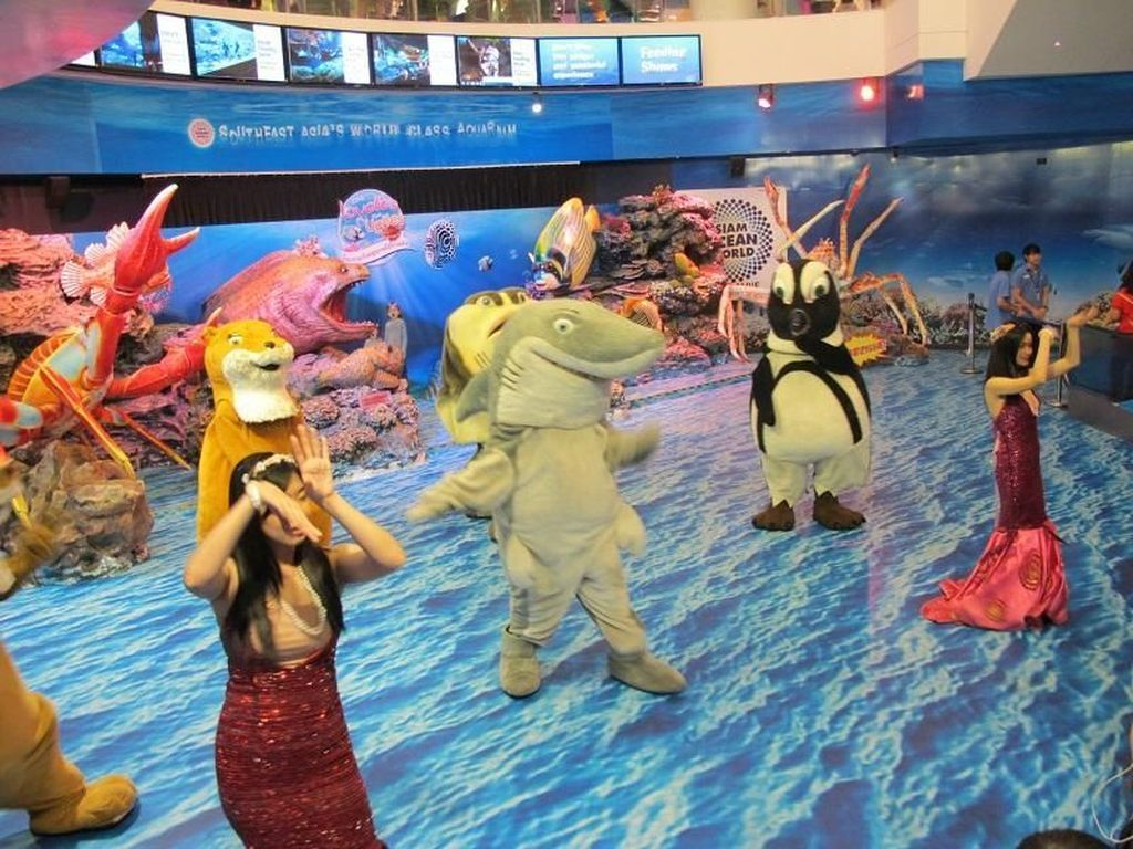 Mall di Bangkok Punya Dunia Bawah Laut yang Seru