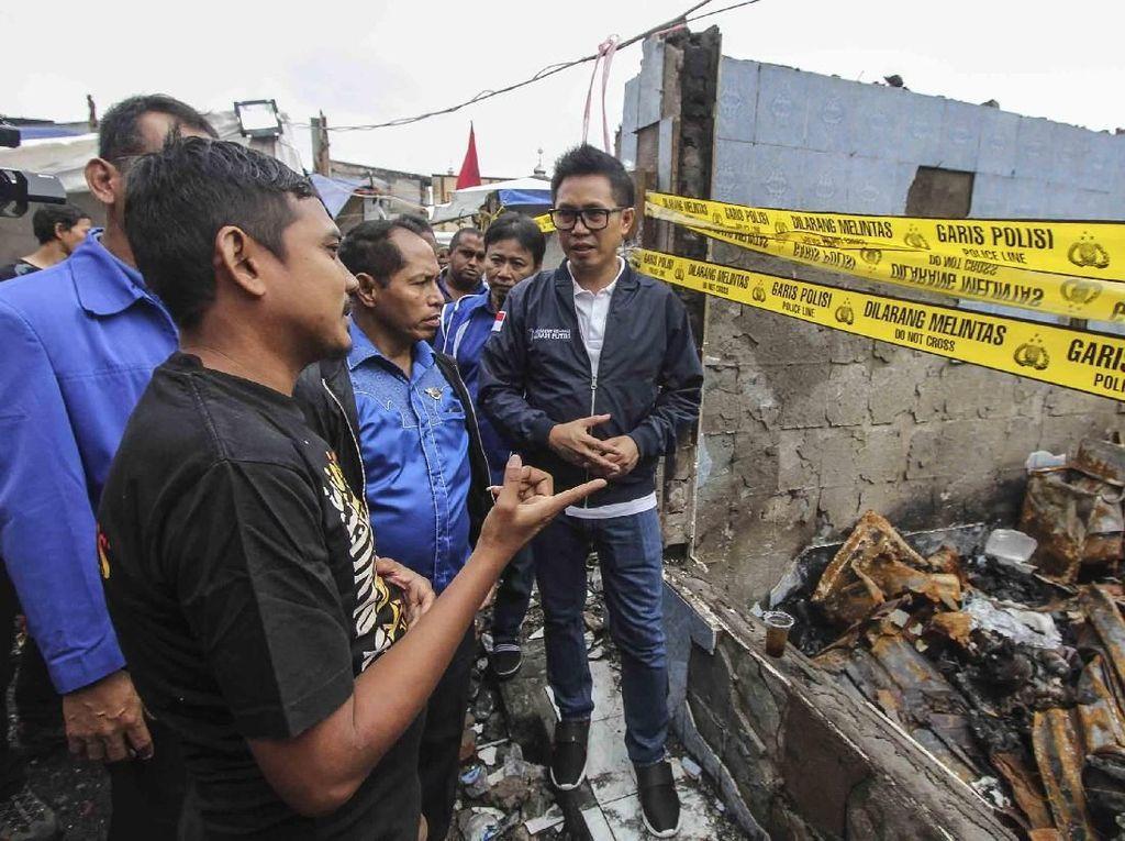 Baksos PAN untuk Korban Kebakaran di Taman Sari