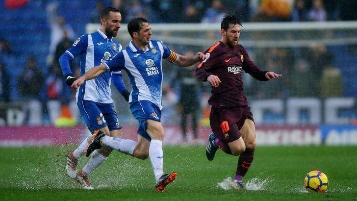 Espanyol akan menjamu Barcelona di Derby Catalan (Albert Gea/Reuters)