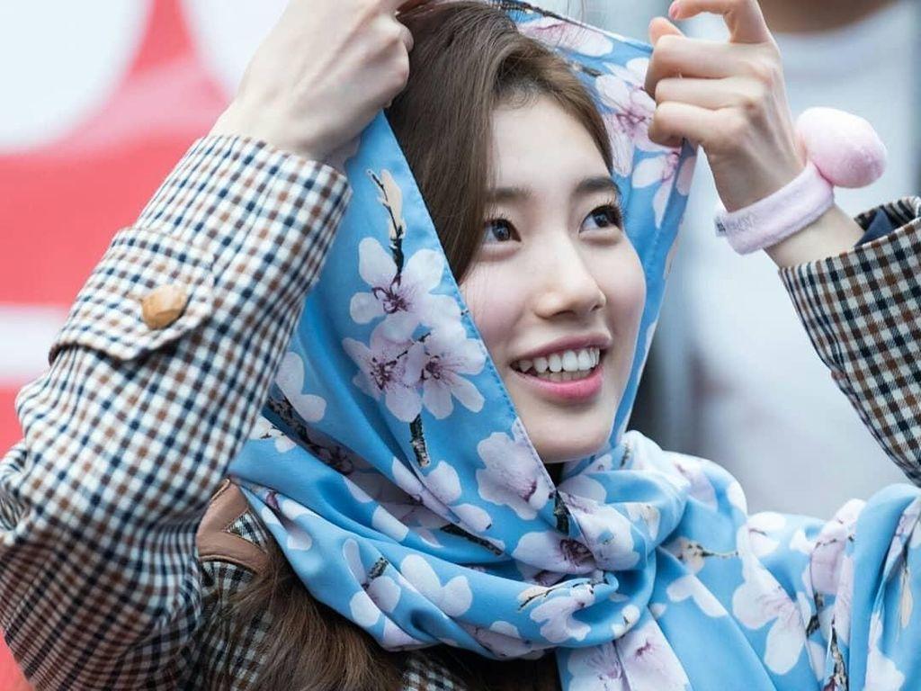 Pesona Suzy Bae, Korean Sweetheart yang Pakai Kerudung dari Indonesia