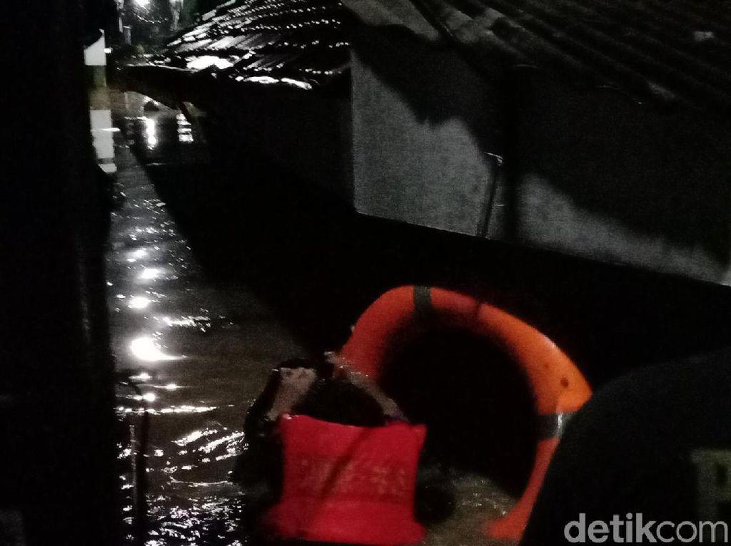 7 Wilayah Terendam Banjir Akibat Hujan Deras di Hulu Kali Bekasi