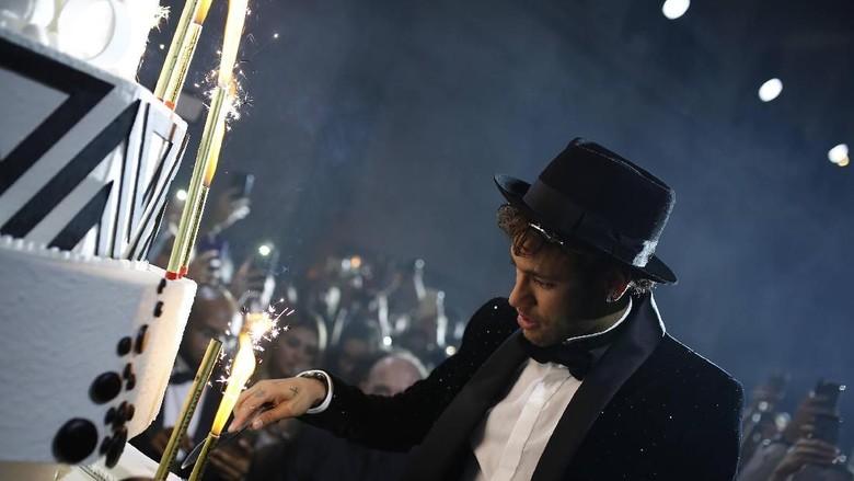 Mewahnya Pesta Ultah Neymar