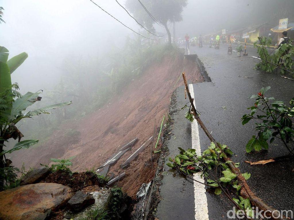 Jalur Puncak Belum Dibuka, Exit Tol Jagorawi di Ciawi Ditutup