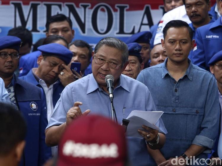 AHY Ungkap Pesan di Balik Kaus #JanganDiam SBY