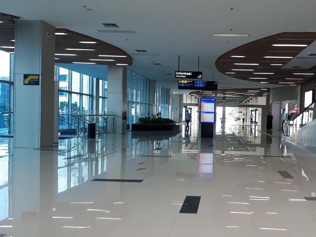 Luhut Sebut Bandara Bali Utara Bakal Dibangun di Darat