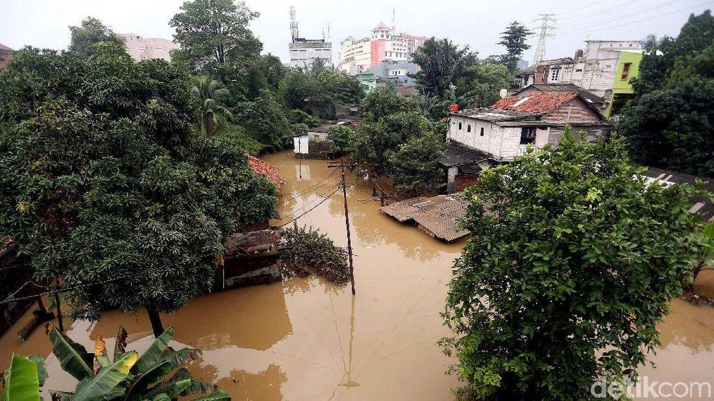 Sempat Surut, Permukiman di Cililitan Kembali Terendam Banjir