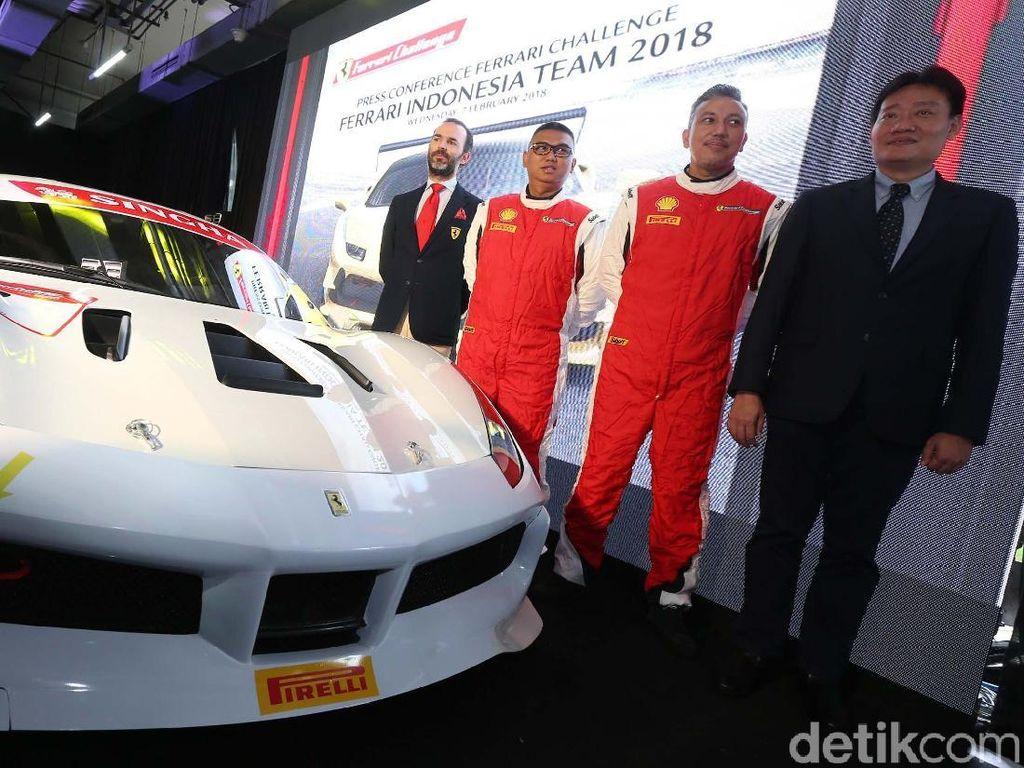 Ferrari Challenge Lebih Kompetitif, Semua Mobil Ditangani Tim yang Sama