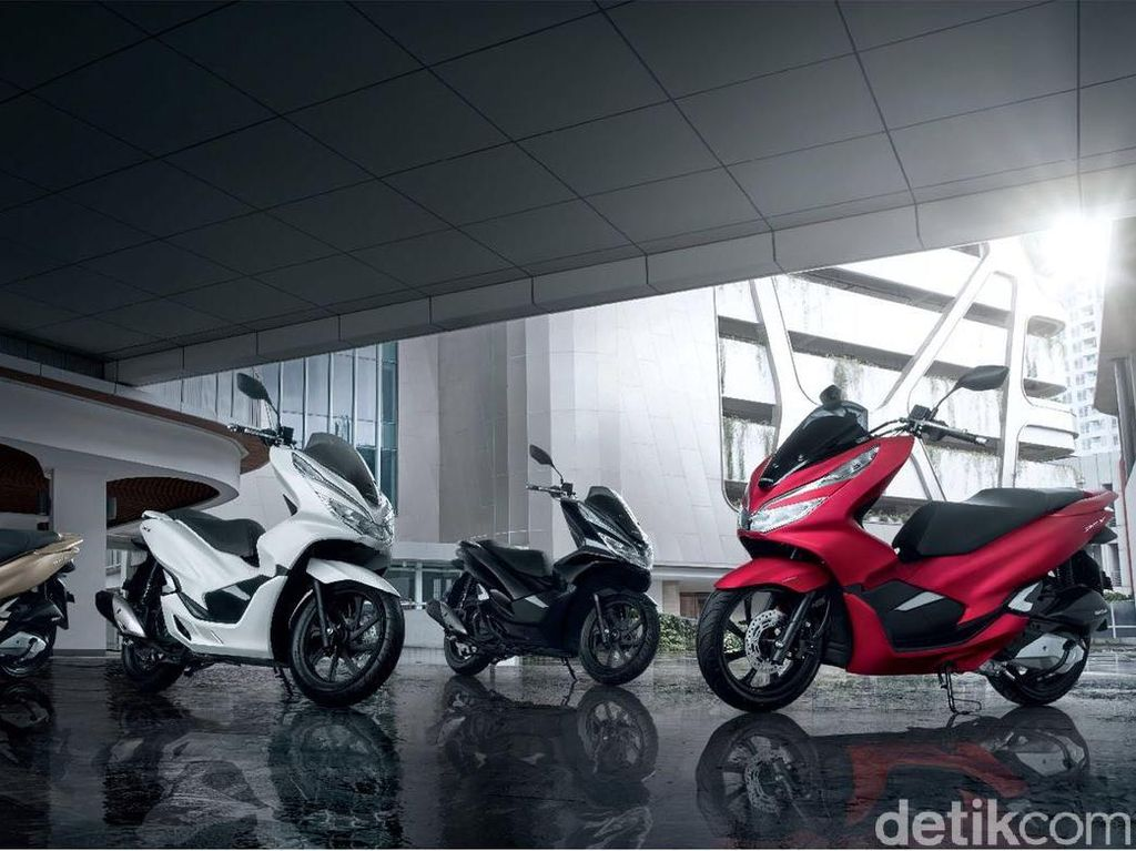 Warna-warni Honda PCX Made In Sunter