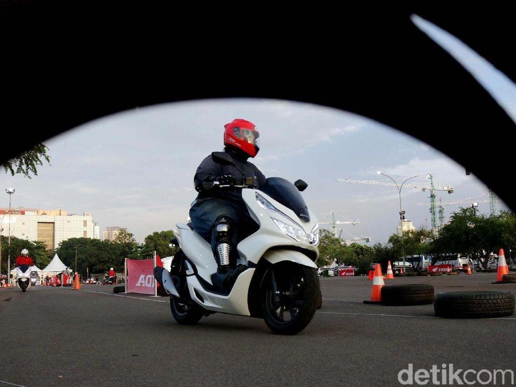 Honda PCX Pakai ABS Satu Channel, Cuma di Depan