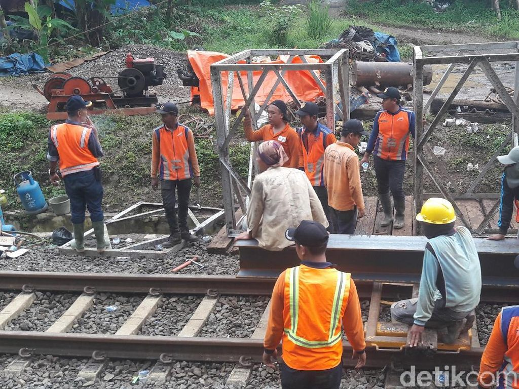 Perbaikan Jalur Rel KA Sukabumi-Bogor Diperkirakan 10 Hari