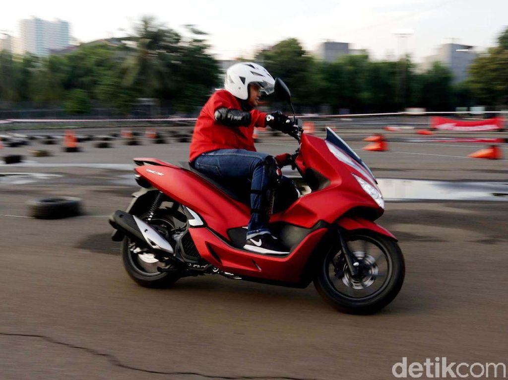 Honda Mulai Pasarkan All New Honda PCX Pabrikan Sunter