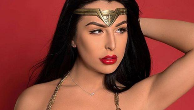 Chanel Santini, Bintang Porno Mirip Gal Gadot Ini Dulunya Cowok