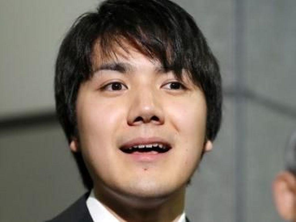 Kei Komuro, Pria Biasa yang Pernikahannya dengan Putri Jepang Tertunda