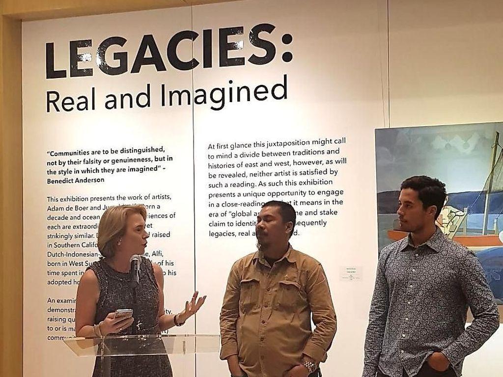 Seniman Adam de Boer dan Jumaldi Alfi Pajang Karya di Jakarta
