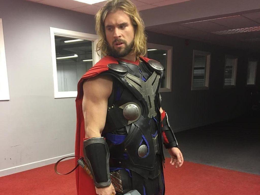 Kisah Thor di Dunia Nyata Lawan Cystic Fibrosis yang Diidapnya