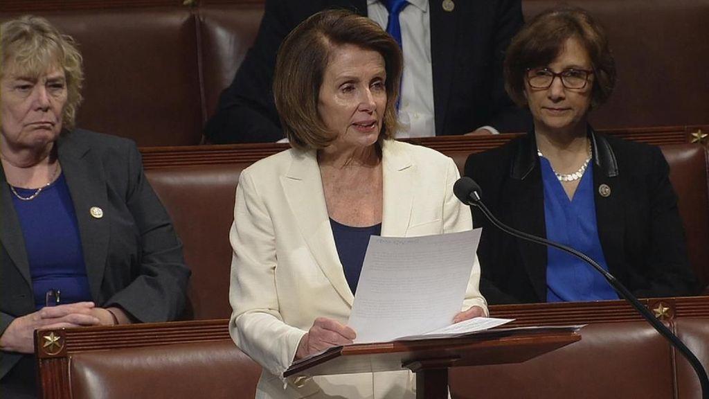 Umur 77 Tahun, Nancy Pelosi Pidato 8 Jam di Parlemen AS