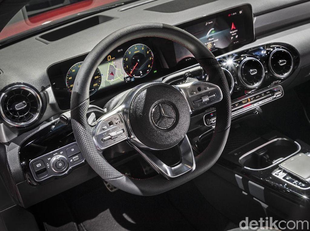 Mercedes-Benz Siap Ikuti Regulasi Penggunaan GPS di Indonesia