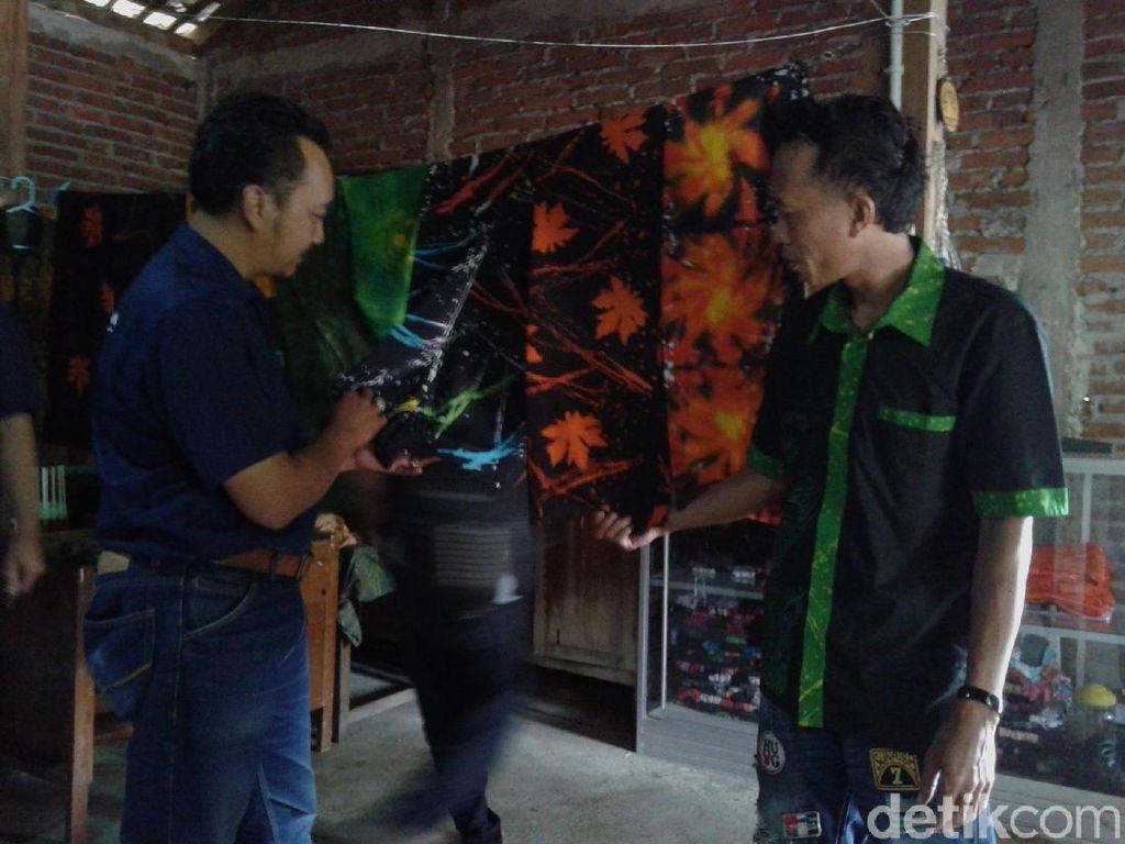 Batik Ciprat Hasil Karya Warga Tunagrahita di Ponorogo Banjir Pesanan