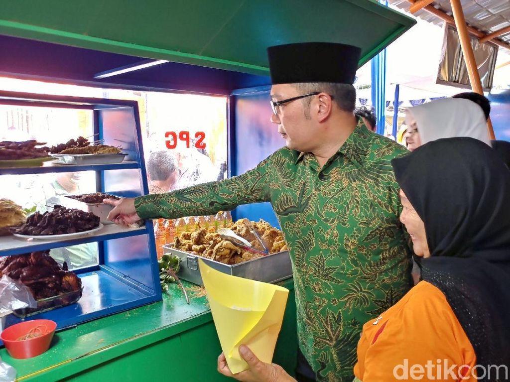 Menjajal Kuliner di Belakang Rumah Dinas Ridwan Kamil