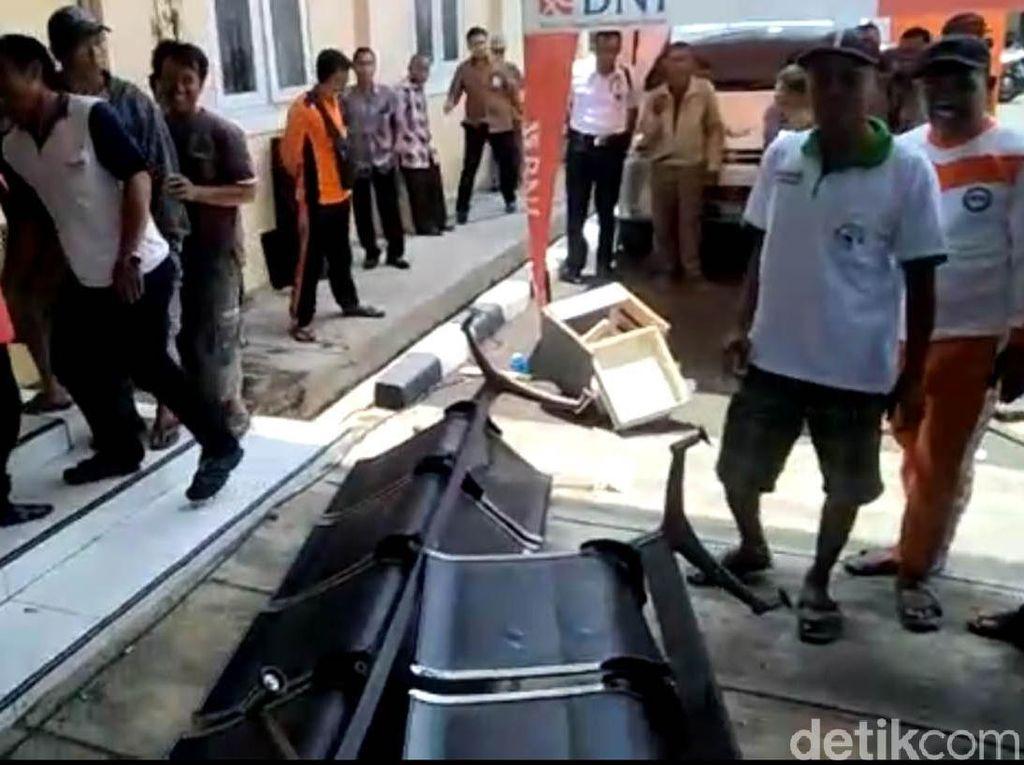 Kolom Alat Cantrang Hilang, Nelayan di Tegal Protes