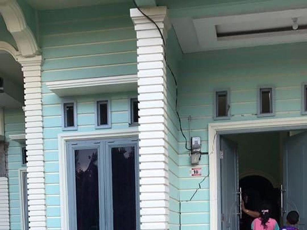 Tembok Masjid dan Rumah di Pidie Aceh Retak Akibat Gempa 5,3 SR