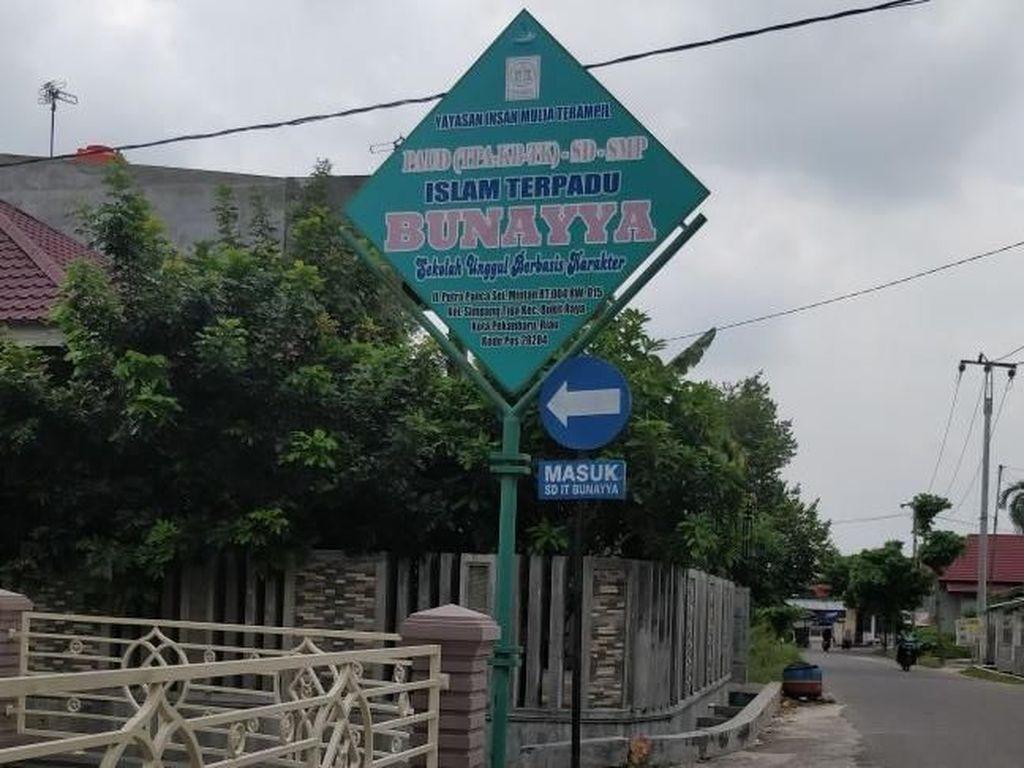 Ar-Rayah Dikibarkan di SD Bunayya, Polda Riau: Bukan Bendera HTI