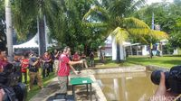 Brigjen TNI Maruli Simanjuntak menembak