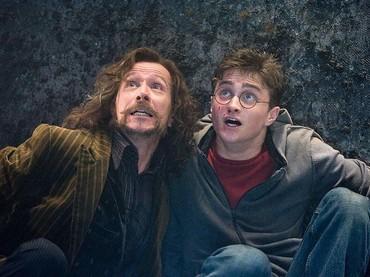 Ia pun tampil sebagai Sirius Black dalam film Harry Potter. (Dok. Imdb)