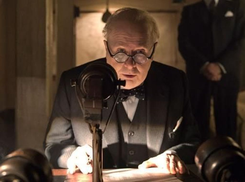 Butuh Tiga Jam untuk Ubah Gary Oldman Jadi Winston Churchill