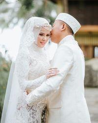 Dinikahi Vicky Prasetyo, Ini Arti Batik yang Dipakai Angel Lelga Saat Akad