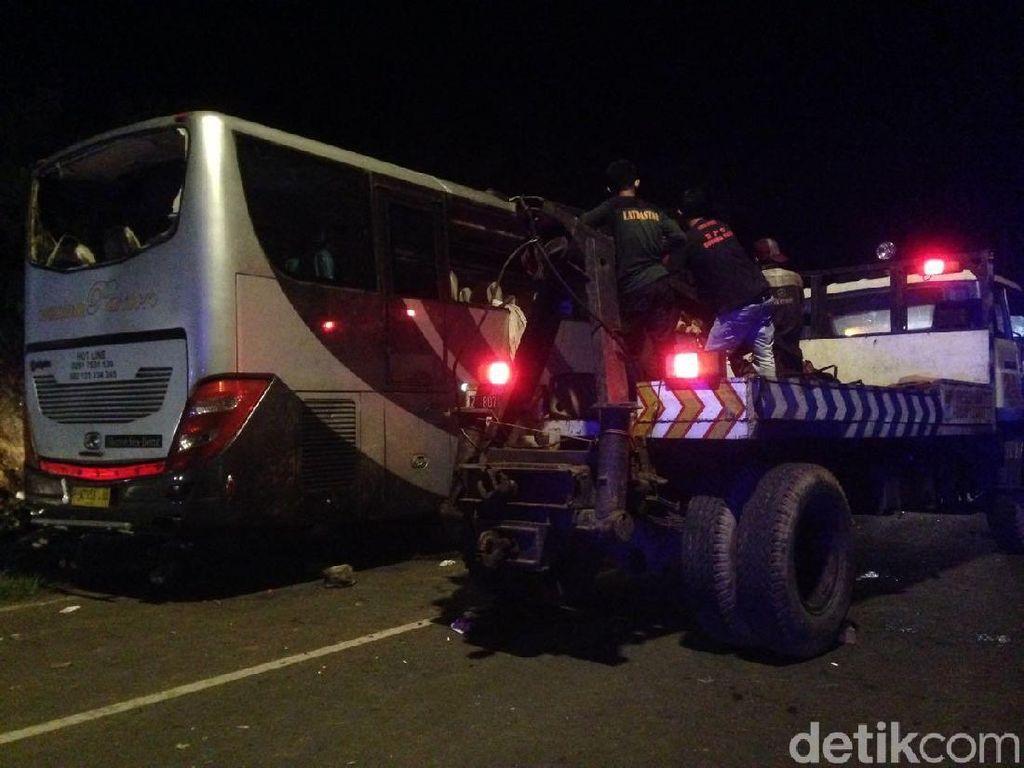 Bus Kecelakaan Maut di Tanjakan Emen Berhasil Dievakuasi