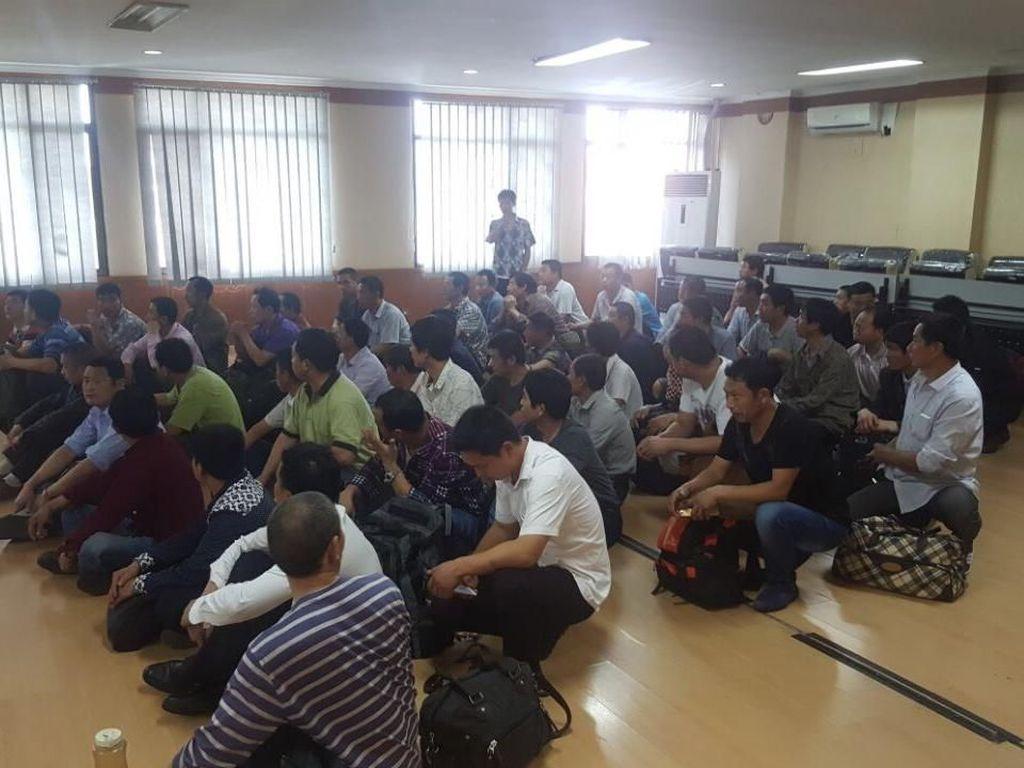 Salahi Izin Tinggal, 6 WN China Dideportasi Imigrasi Serang