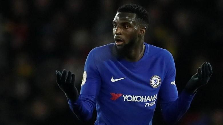 Tak Kunjung Nyetel dengan Chelsea, Bakayoko Dibela Conte