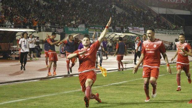 Marko Simic mencetak gol kemenangan Persija di leg kedua atas PSMS.