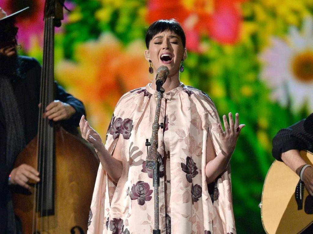 Masih Ada Kesempatan Beli Tiket Konser Katy Perry Nanti Malam