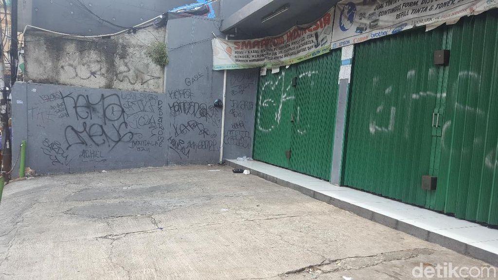 Foto: Lokasi Ustaz Basit Dikeroyok Remaja di Kemanggisan