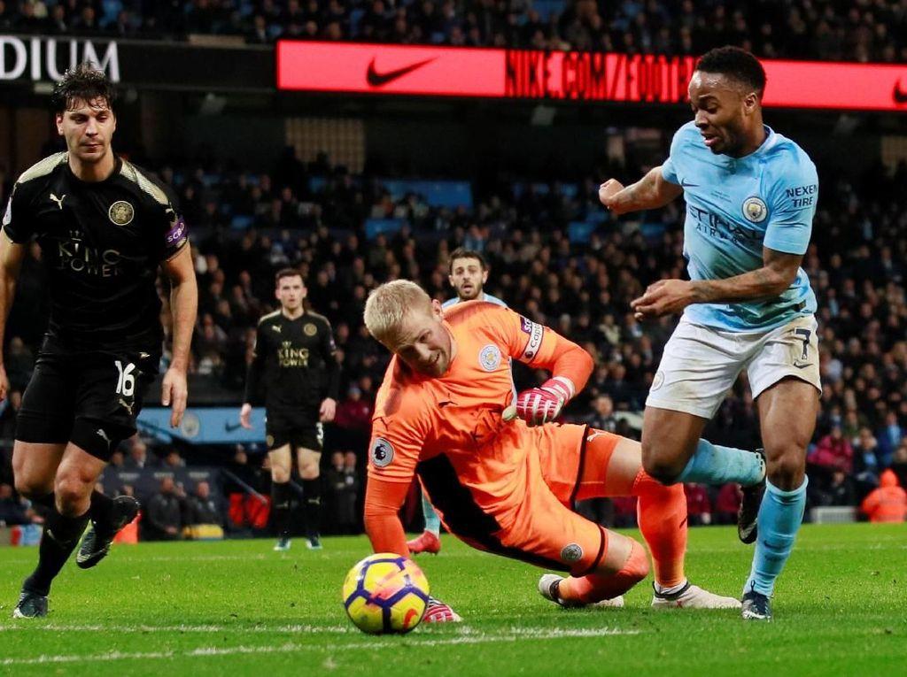 Schmeichel Yakin Leicester Bisa Repotkan Man City
