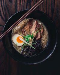 Perut Wanita Ini Membesar 5 Kali Lipat Usai Makan Mie Jepang!