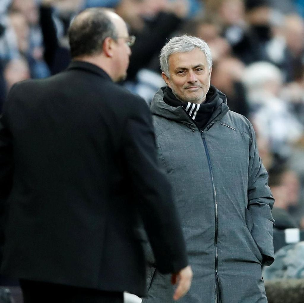 Jose Mourinho Baru Sekali Kalah Lawan Sevilla