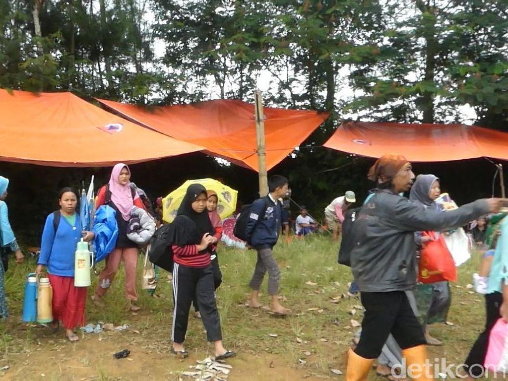 Terancam Longsor, Ratusan warga di Banjarnegara Mengungsi