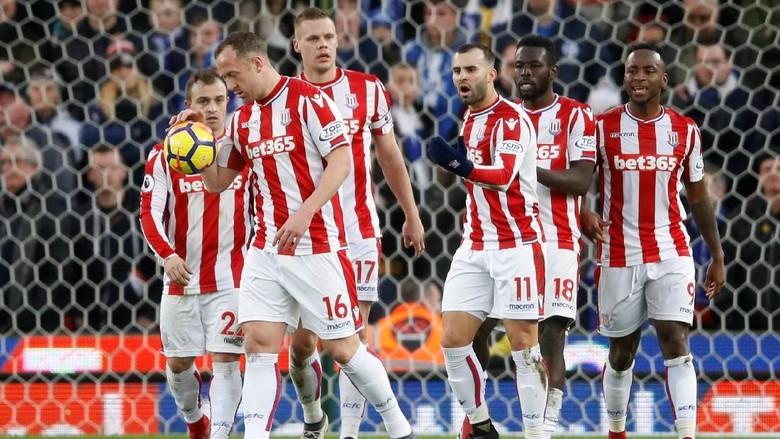 Rebutan Penalti, Jese Kesal Sekali