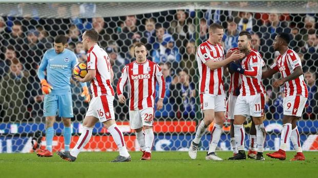 Insiden Rebutan Penalti yang Bikin Jese Kesal Sekali