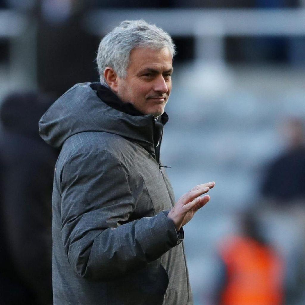 Mourinho Dukung Penerapan Teknologi VAR di Sepakbola Inggris
